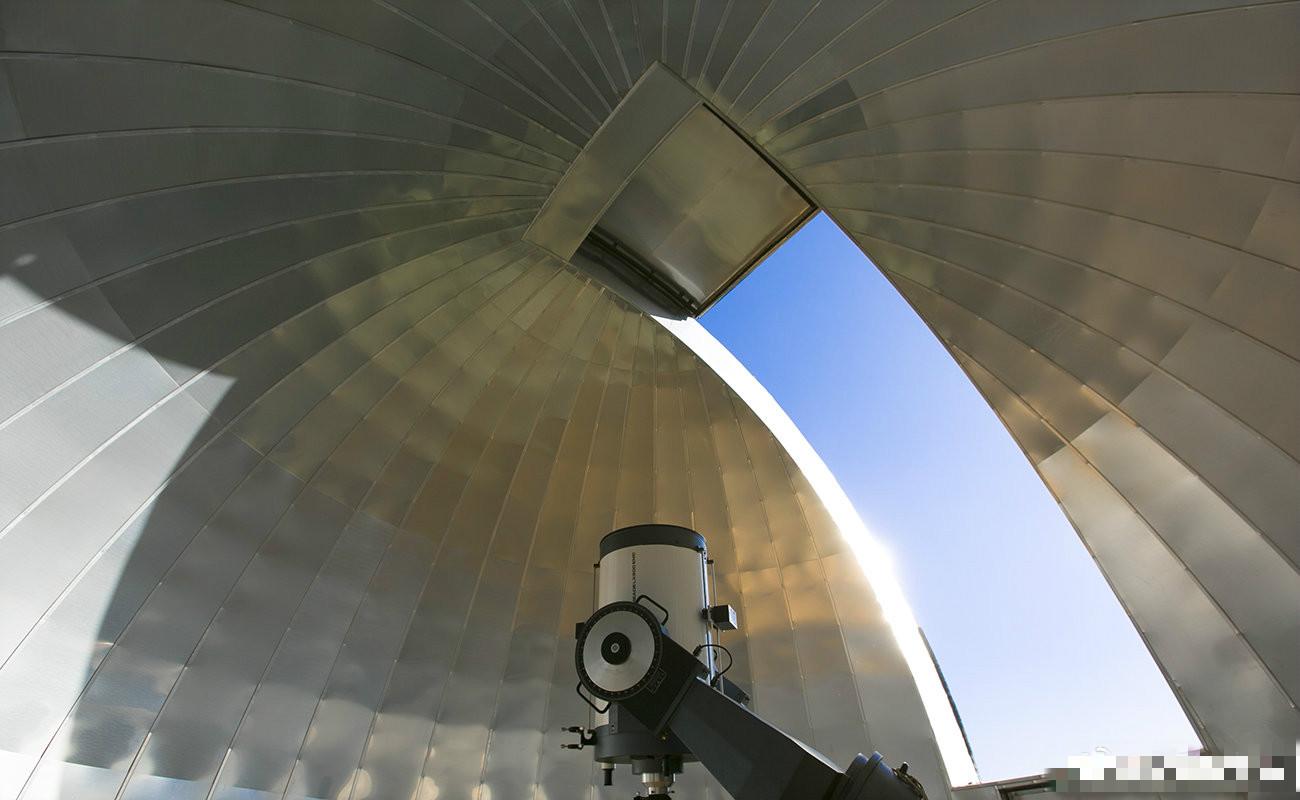 清華大學發佈通知表示,決定成立天文系。 微博圖片