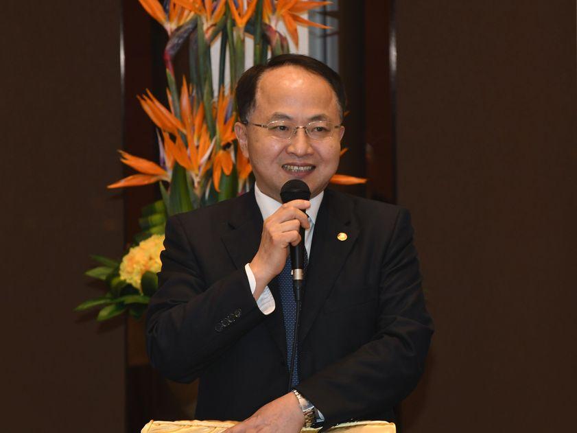 王志民提到港府及官員應擁護憲法及《基本法》。資料圖片