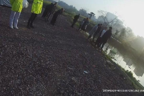 浙江男虛報發現浮屍,3天後竟溺斃在池塘裡。  網上圖片
