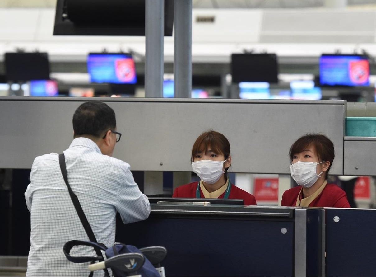 再有最少2名機場員工感染麻疹。 資料圖片