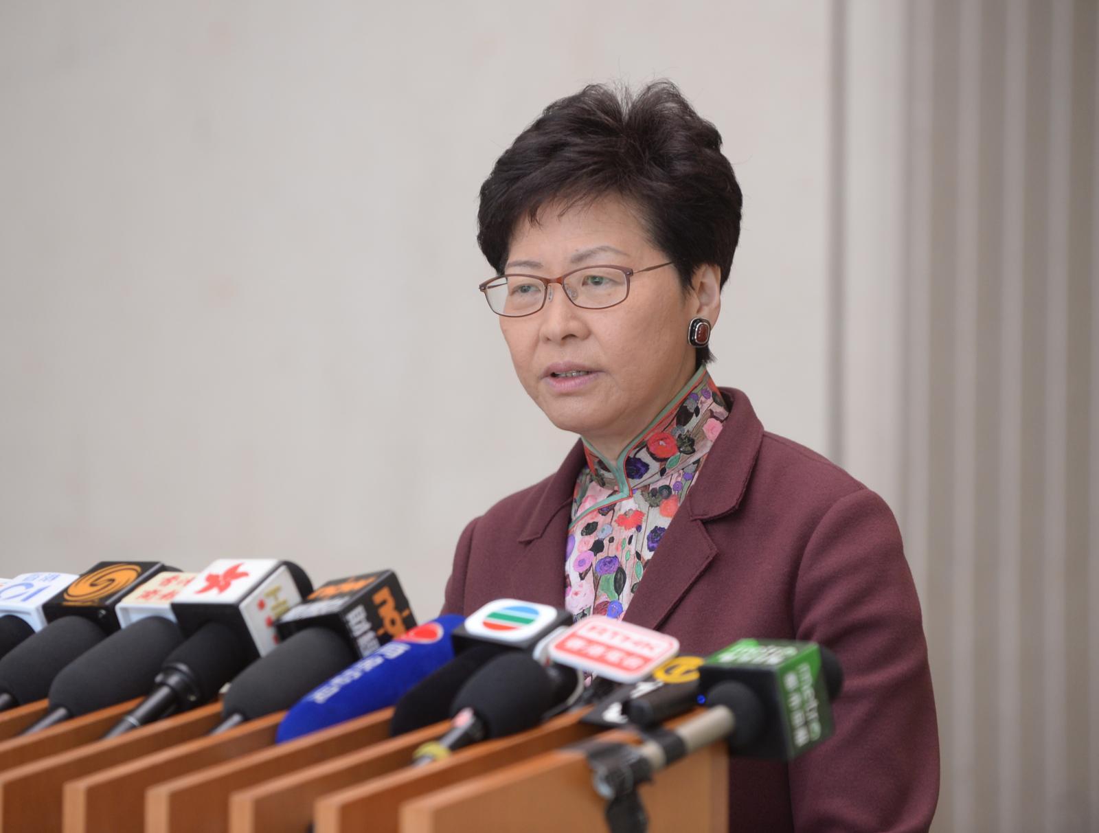 就劉鑾雄提司法覆核, 林鄭表示不評論。