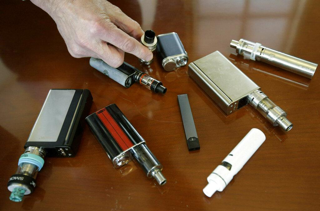美国监管单位表示,正在调查电子烟可能导致癫痫发作的相关报告。 AP图片