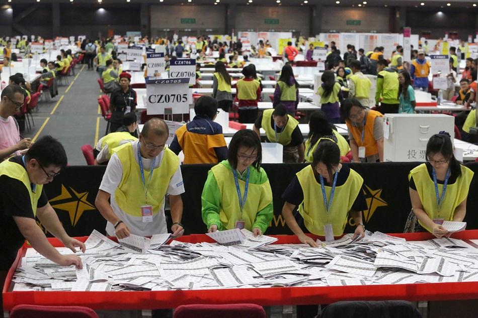 選舉事務處證實遺失2016年票站8000名選民登記冊 。資料圖片
