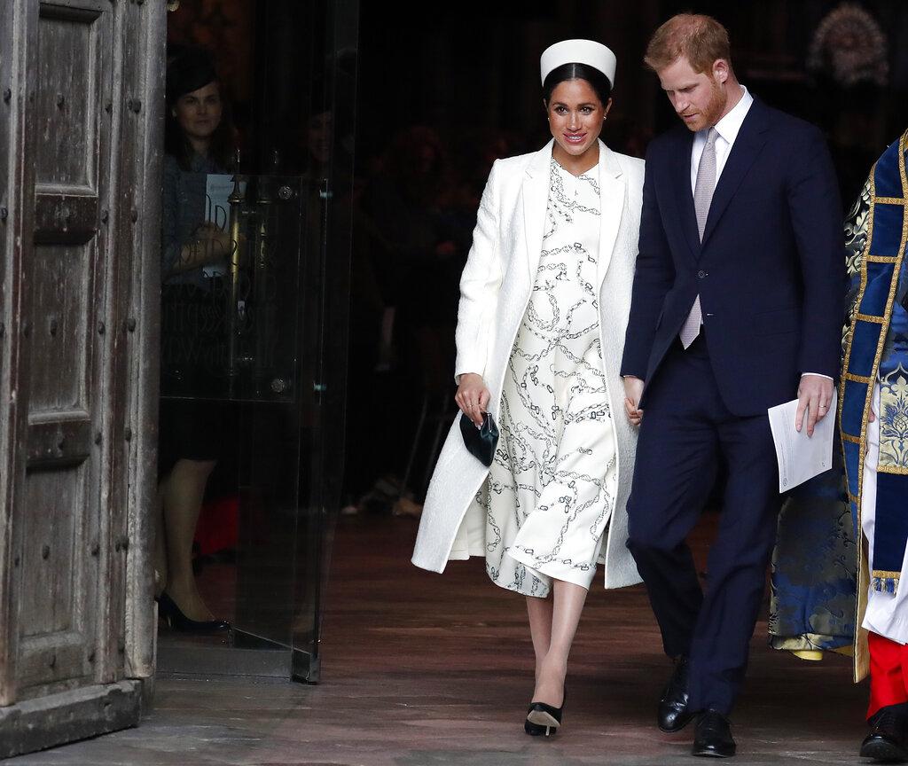 哈里王子及夫人梅根正式遷入溫莎堡的浮若閣摩爾宮。 AP圖片