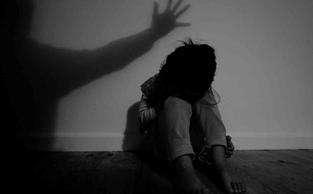 日本一名父亲涉嫌性侵女儿持续5年。 示意图