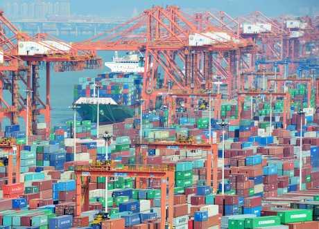 國務院關稅稅則委員會表示,調整進口物品進口稅是為了促進擴大進口和消費。資料圖片
