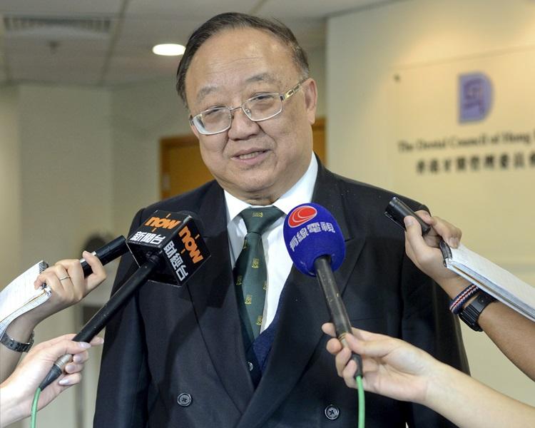 劉允怡主張以明票投票,認為要對公眾負責任。資料圖片