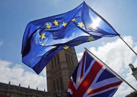为解开与工党的谈判僵局,有指文翠珊考虑由国会议员表决是否将脱欧协议交付公投。