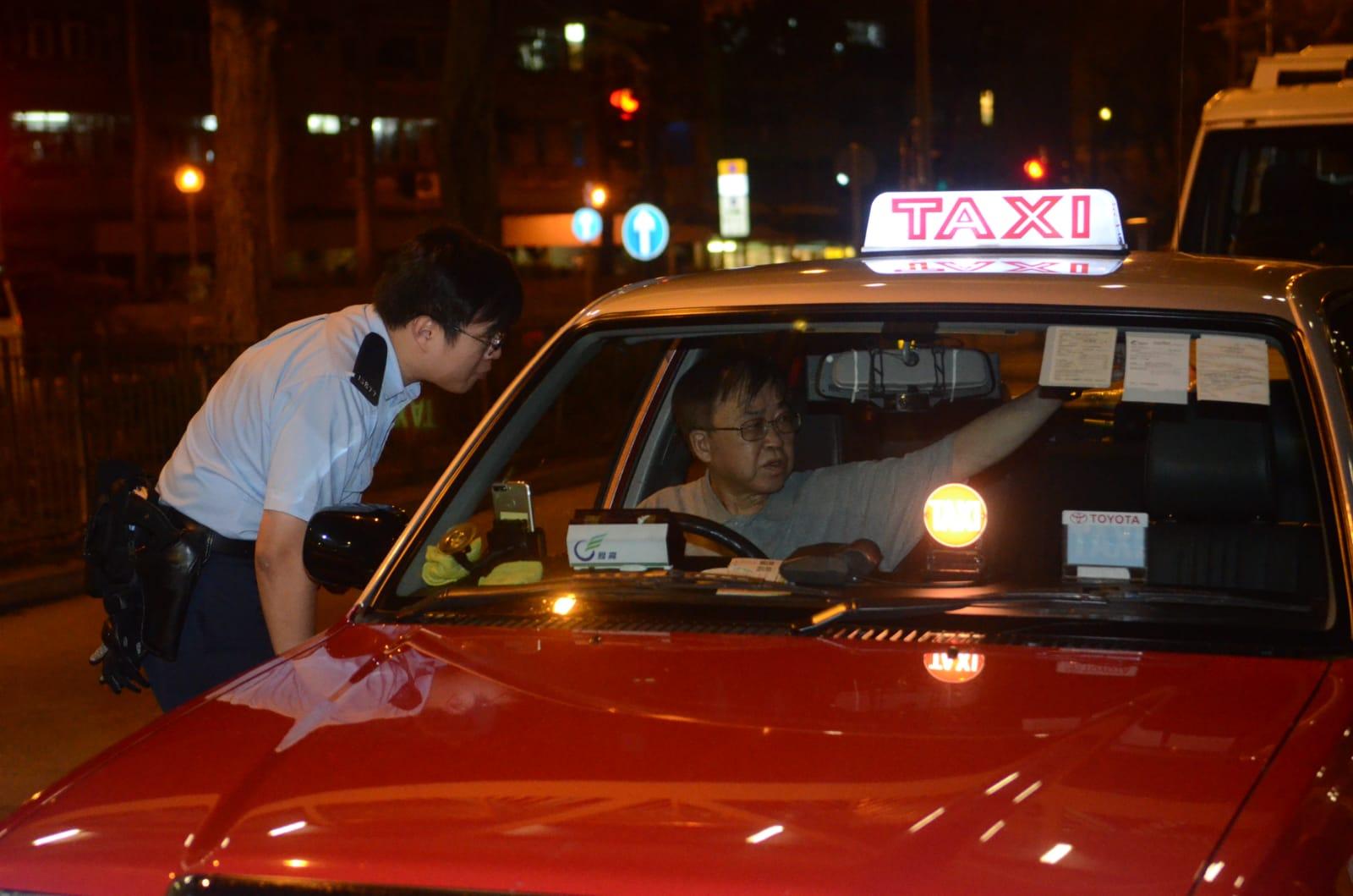 姓陳的士司機講述事發經過。