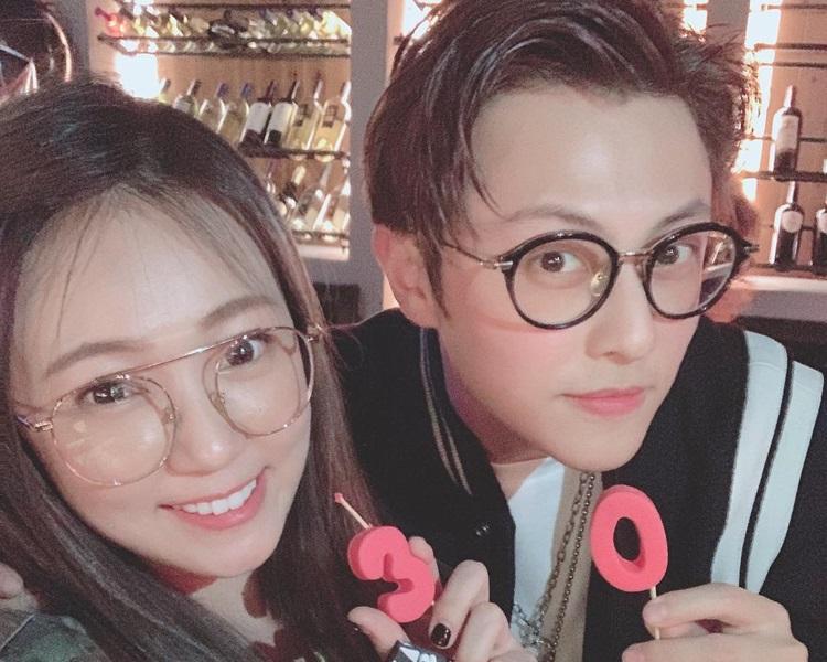 丫頭祝賀王子加入30俱樂部。Instagram