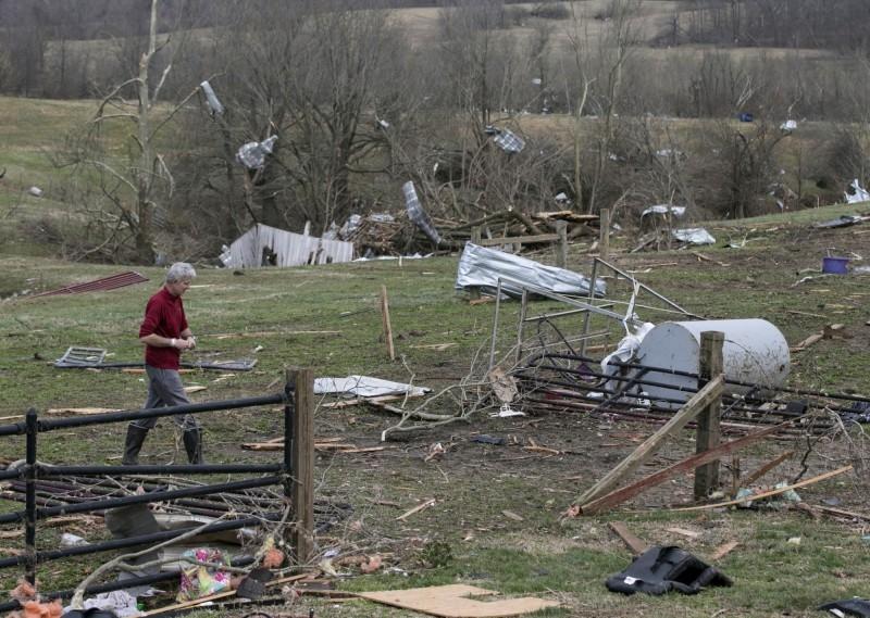 美国南部遭恶劣天气影响,周末更出现多个龙捲风横扫德州至阿拉巴马州一带。