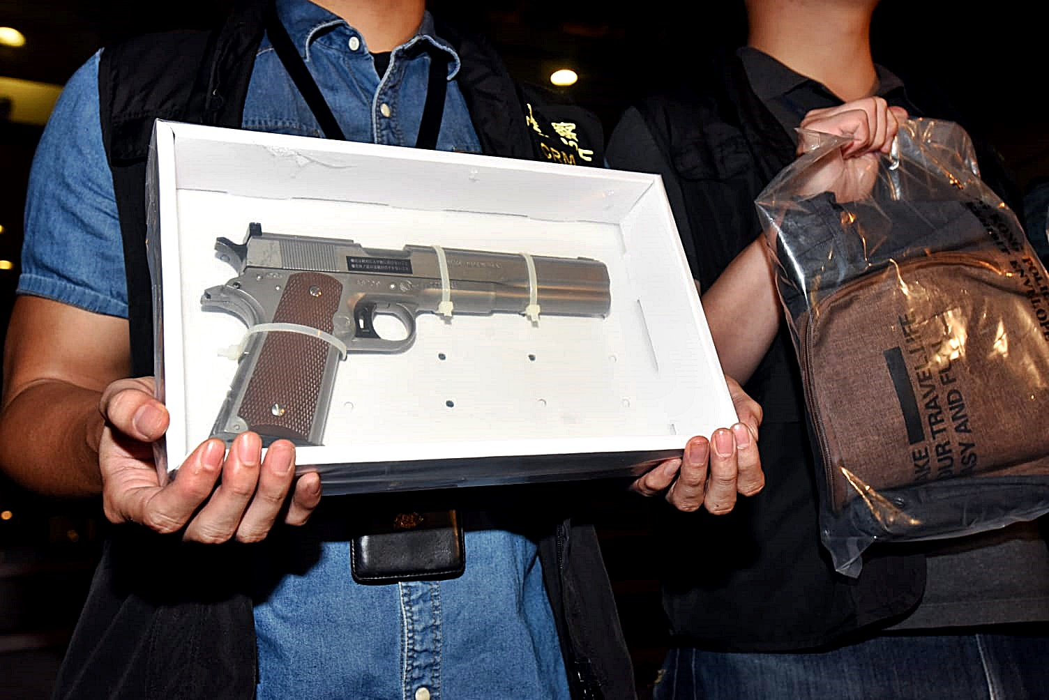 【深水埗槍擊案】警追查涉案工業用石屎槍下落 中槍男子周二提堂