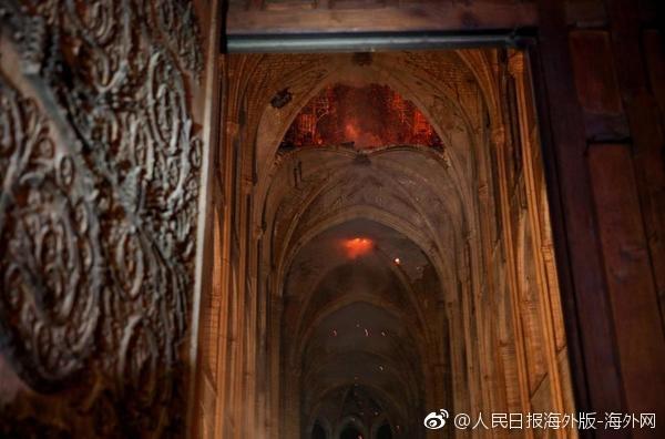 巴黎聖母院火災後,教堂內部圖片曝光。