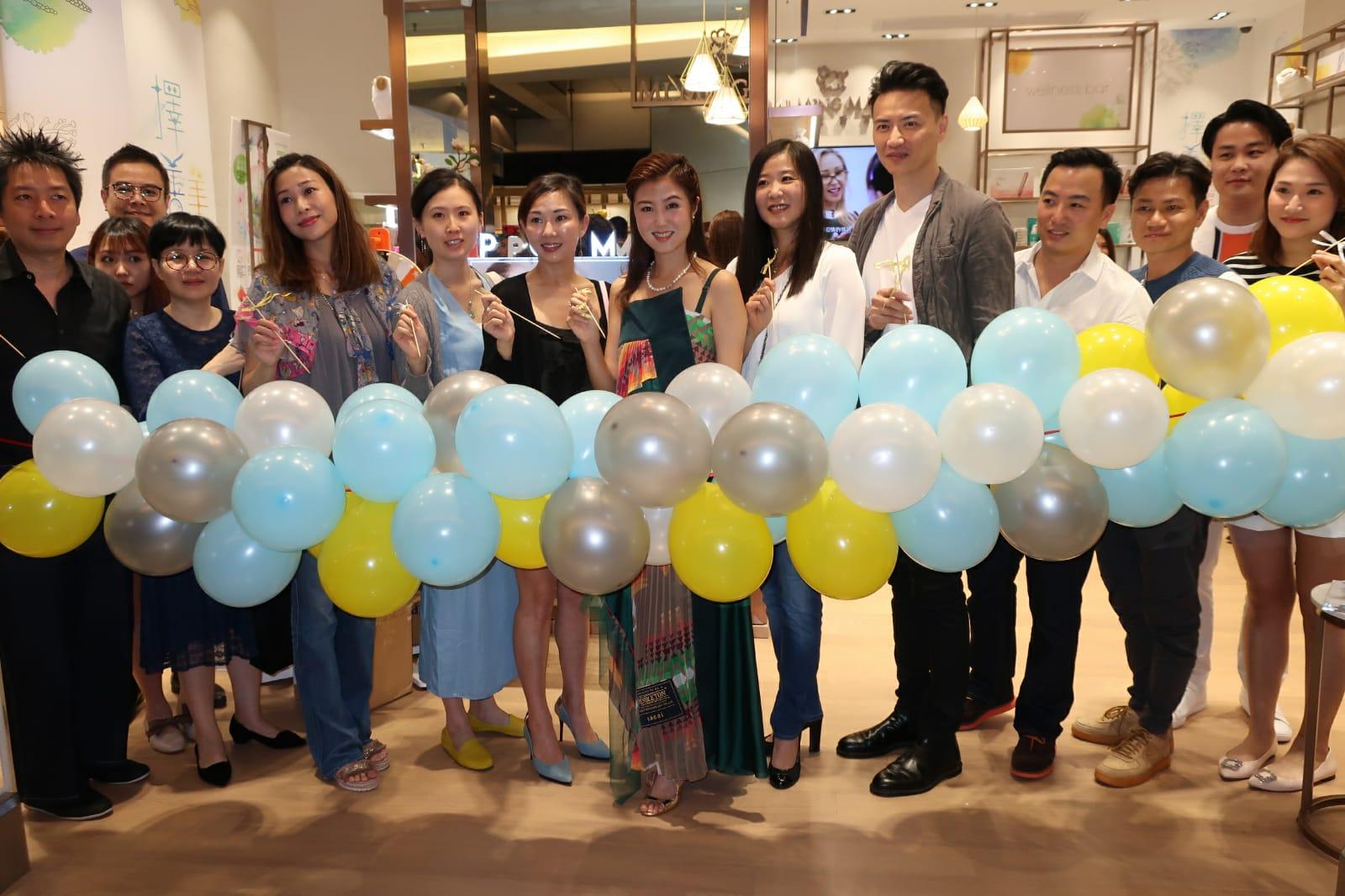 袁彌明經營的生活百貨今年邁向十周年,第十間新店今日開幕
