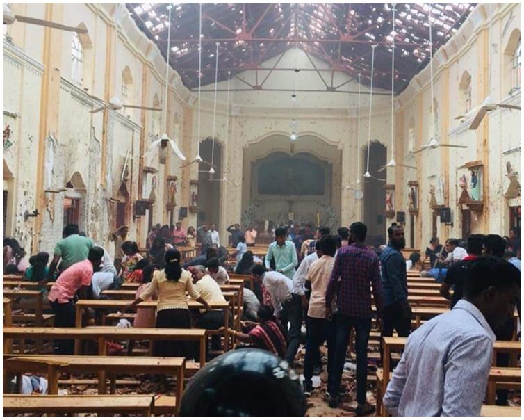 教堂内多人受伤。网图