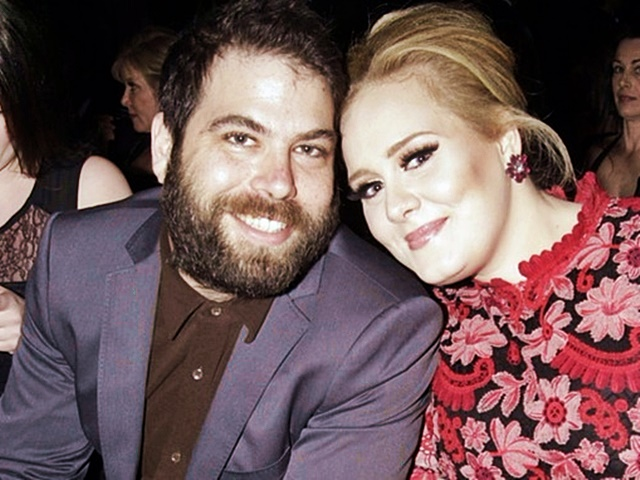 Adele與老公Simon離婚,有機會被分一半身家。