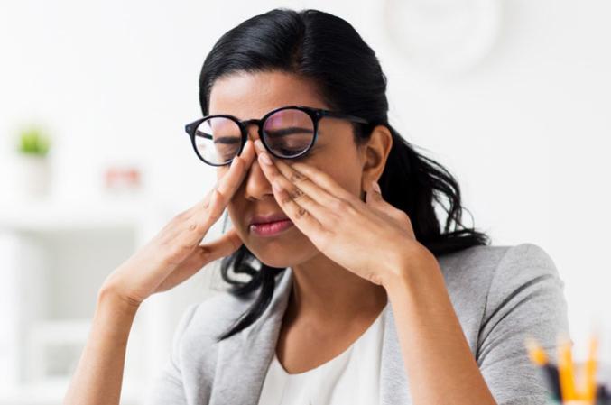 部分眼皮跳患者屬於病理現象。