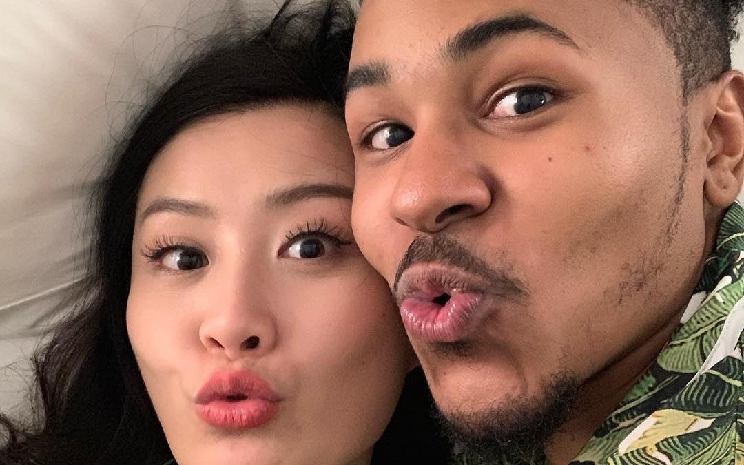 陳法拉IG貼「床照」 嚇親網民以為宣布婚訊