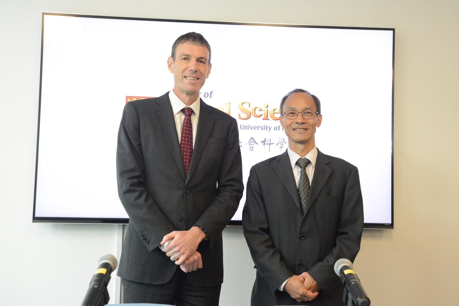 民研計劃總監鍾庭耀(右)會負責新成立的研究所工作。