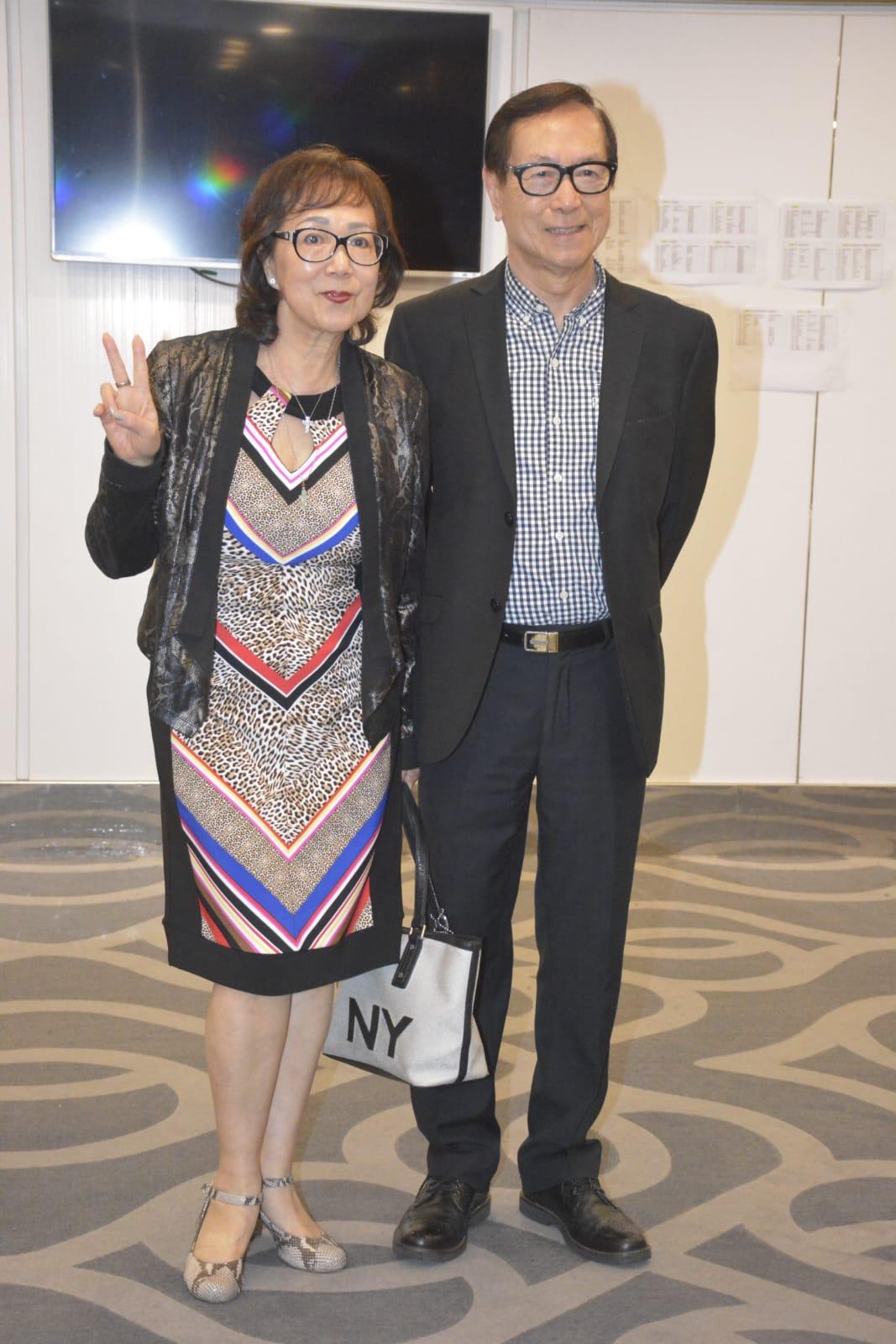 劉鳳屏與老公
