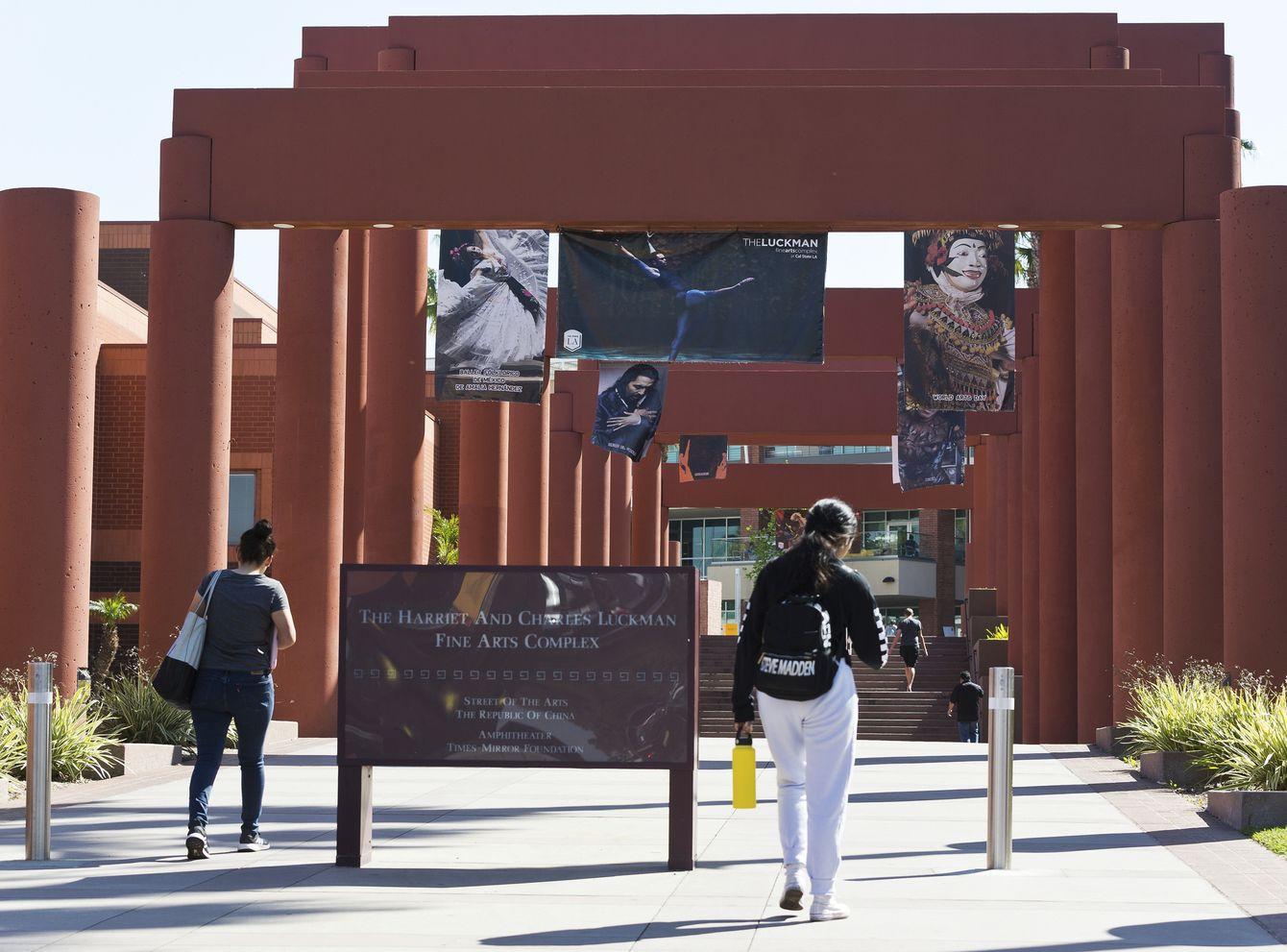 衛生部門下令南加州洛杉磯兩所名牌大學300多名學生和教職員隔離。AP
