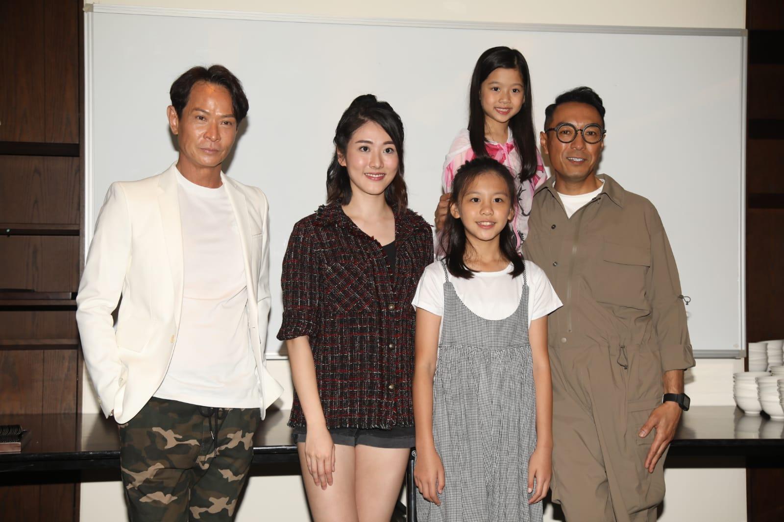 吳廷燁、鄧佩儀、姜皓文等出席劇集《鐵探》飯局。