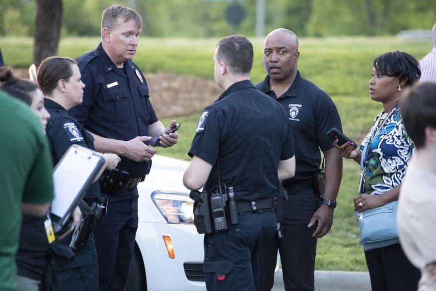 警员到场调查。