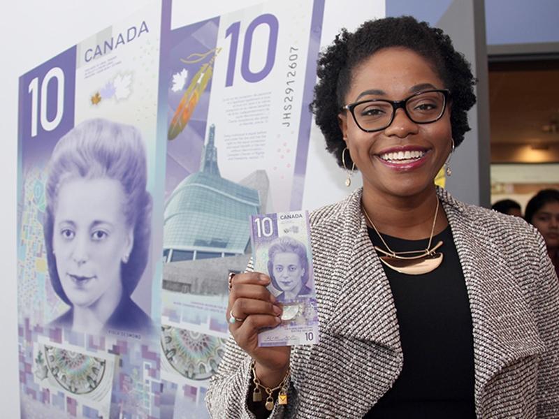採用維奧拉‧德斯蒙德的肖像去設計、面額10元的加拿大鈔票贏得國際性鈔票設計大賽冠軍。  網上圖片