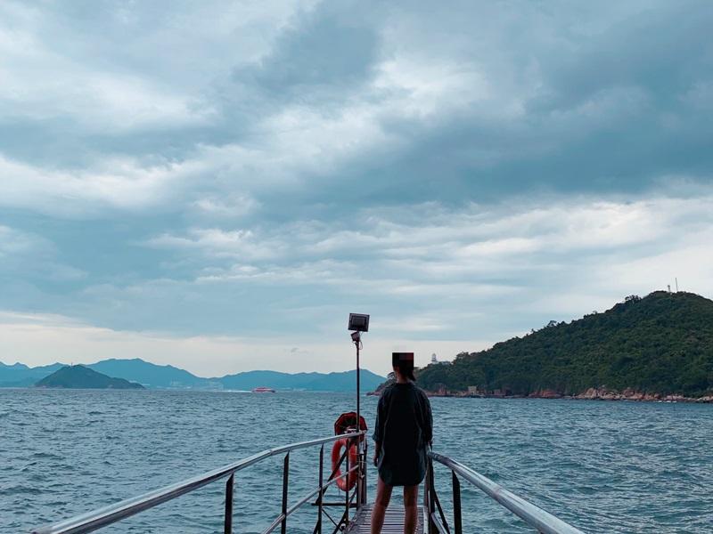 西環海旁成為旅客打卡熱點。網上圖片