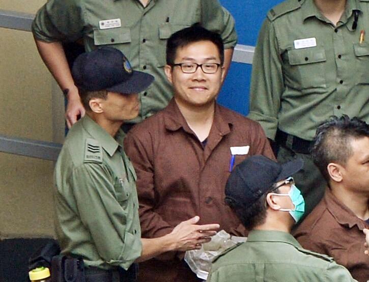 黄浩铭在狱中撰信。资料图片