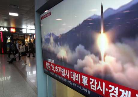 北韩于昨日上午朝东海岸方向发射数枚不明物体,倘若证实是飞弹,将是一年多以来北韩首度发射短程飞弹。