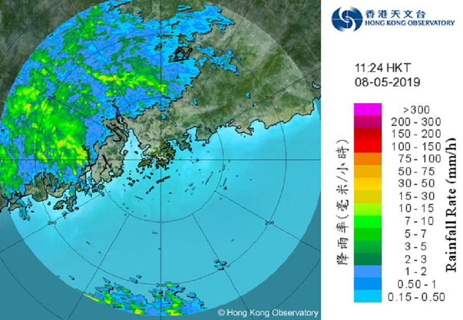 雷雨区中午影响珠江口 。天文台雷达图