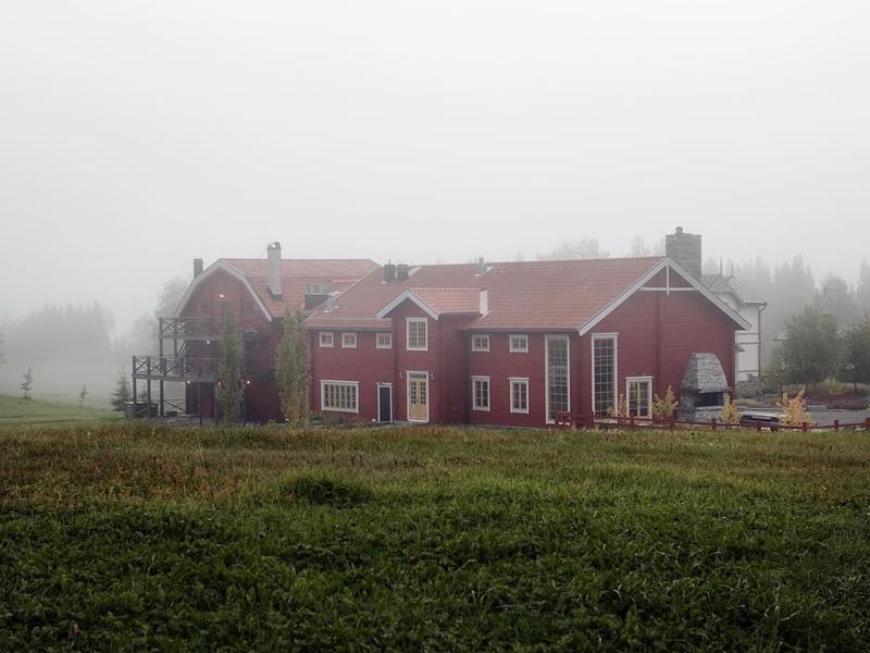 这家被形容为世界尽头的餐厅,位处区域没什幺城市的痕迹。 faviken IG图片