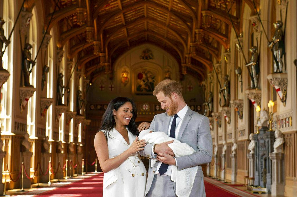 两人的儿子取名Archie 。图片