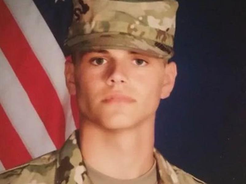 劳厄是退役陆军。网上图片