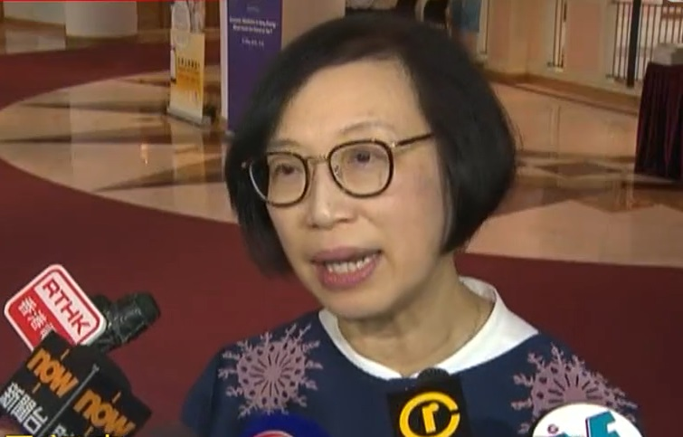 食物及衞生局局長陳肇始。無綫新聞截圖