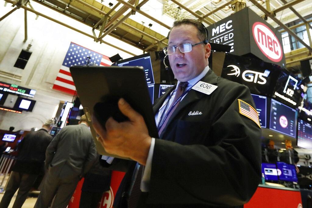美国道指期货一度急跌逾500点。AP图片
