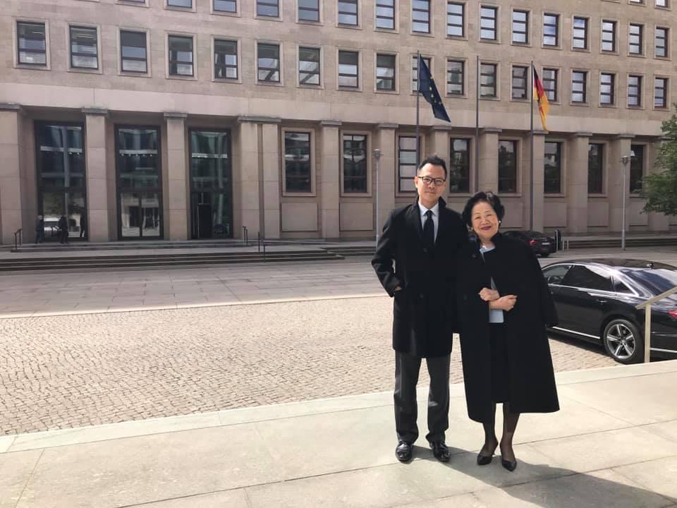 陳方安生及郭榮鏗展開為期5日的訪德行程。郭榮鏗FB圖片