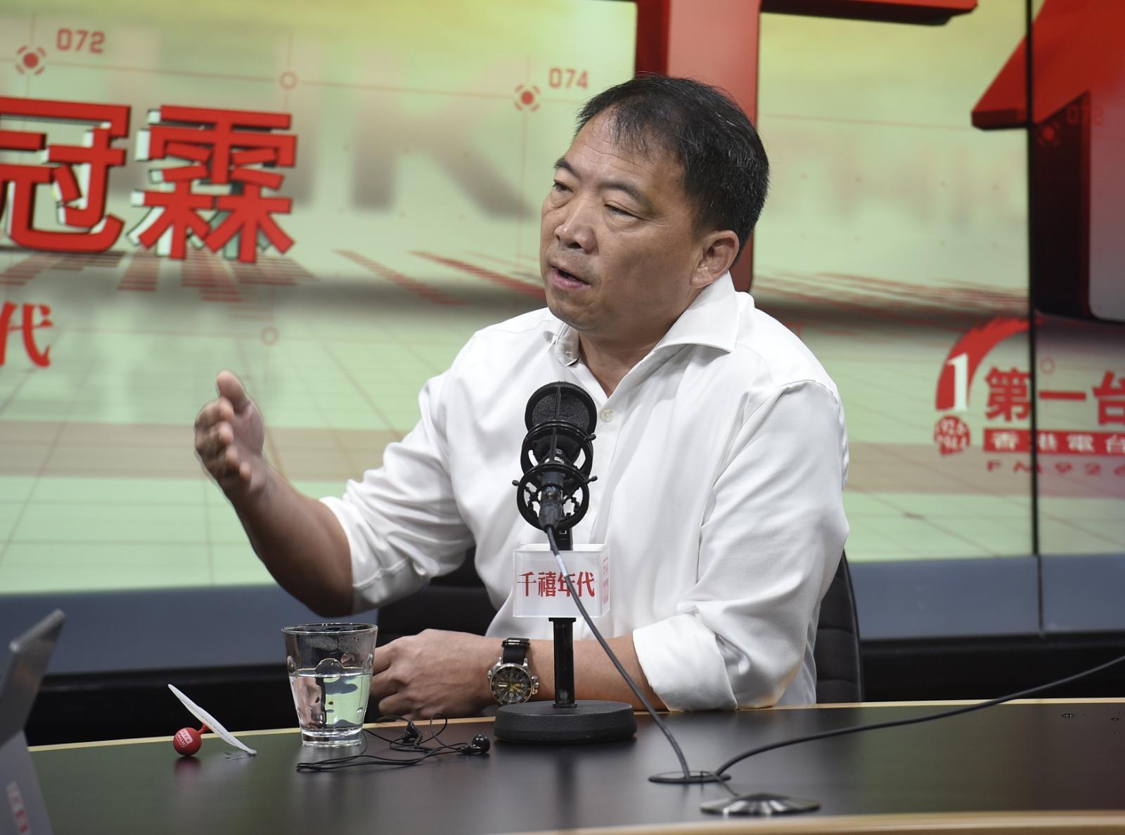 民主黨主席兼立法會議員胡志偉。