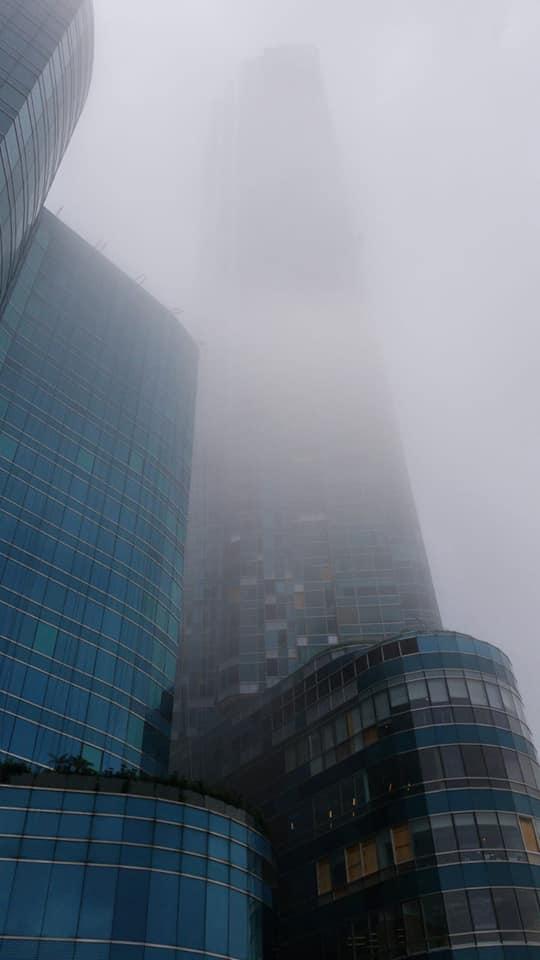 中午的紅磡都有薄霧。網民Alan Chan圖片