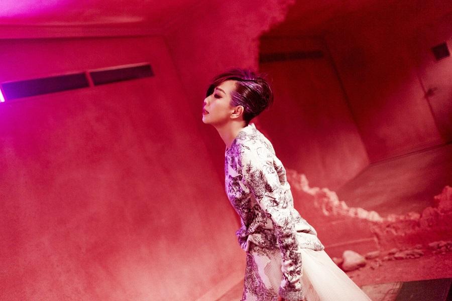 林憶蓮專輯獲7項提名,並同時入圍角逐「年度歌曲獎」、「最佳國語專輯獎」及「最佳國語女歌手獎」。