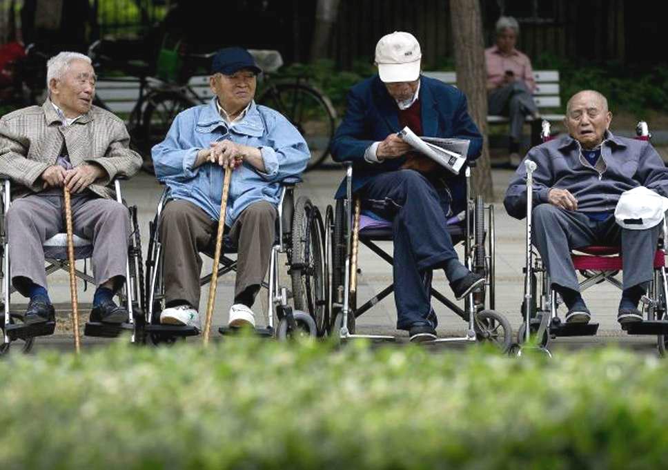 65歲以上長者每周至少進行150分鐘中等帶氧運動。AP