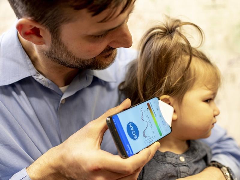 美国华盛顿大学研发出一个手机应用程式,可以探测到小孩的听觉是否有毛病。  网上图片