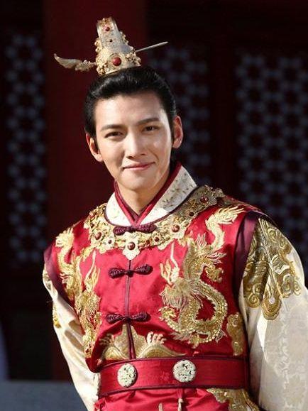 池昌旭當年憑《奇皇后》令他獲封優秀演員。
