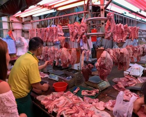 荃灣屠房: 【非洲豬瘟】新鮮豬肉今供應市場價貴近一倍 市民不擔心加價照買 -- 星島日報