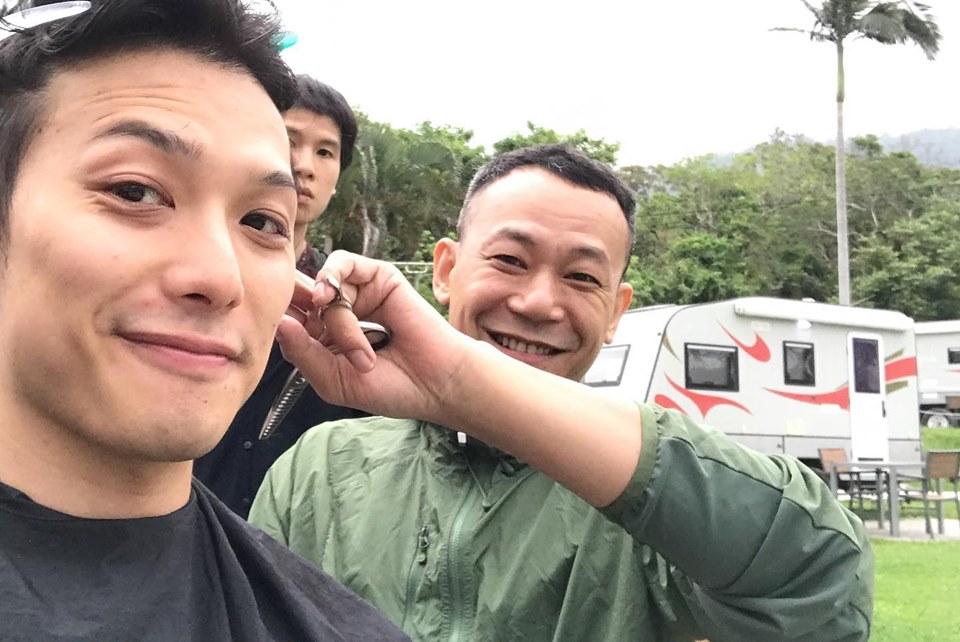 藝員陳皓雲(左)有份參演支持同志廣告。Facebook