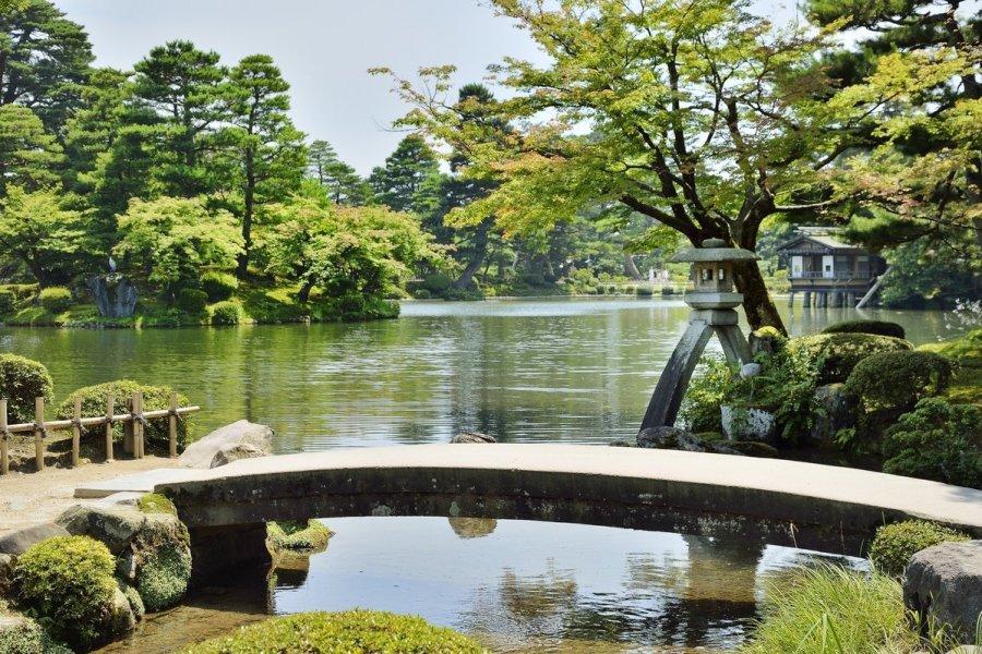 日本三大名园之一金泽兼六园。网上图片