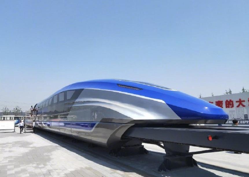 時速600公里高速磁浮試驗樣車下線。網上圖片