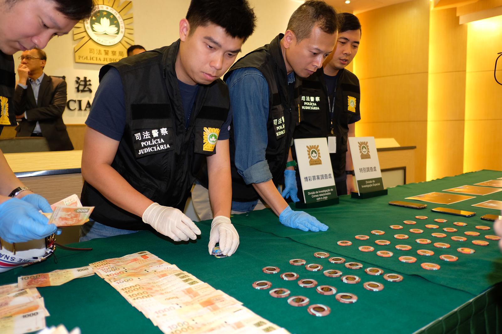 警方起获的一批赃物。