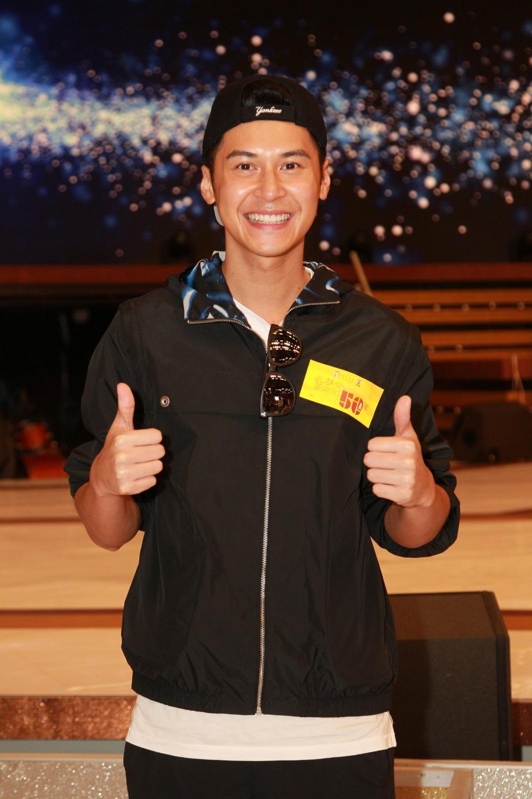 陳家樂表示要表演拉動有50人的14座小巴籌款。
